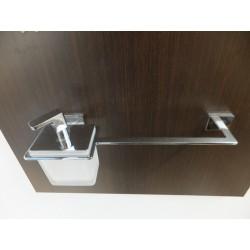 Porta salviette da 40cm con portasapone incorporato cromo vetro satinato.Prodotto nuovo da esposizione.
